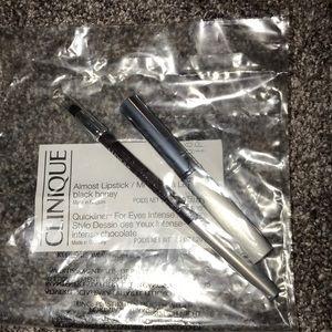 Clinique lipstick & eye liner set